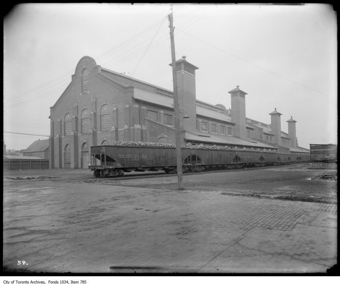 Exterior of Purifying House, Station B, Eastern Avenue, with loaded coal trains from Pennsylvania.