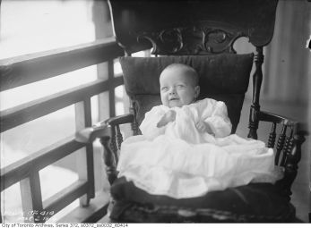 Baby Mary Wynd - 270 Carlton Street (Toronto Archive Fonds 200, Series 372, Subseries 32, Item 414)
