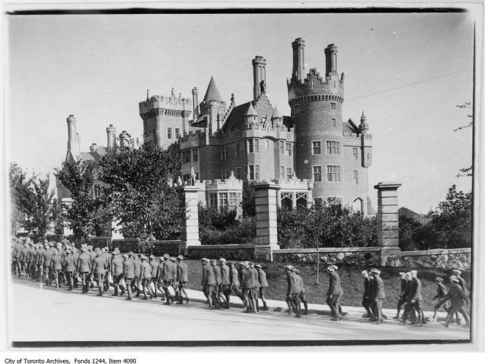 Soldiers marching on Walmer Road, past Casa Loma. - [ca. 1914]