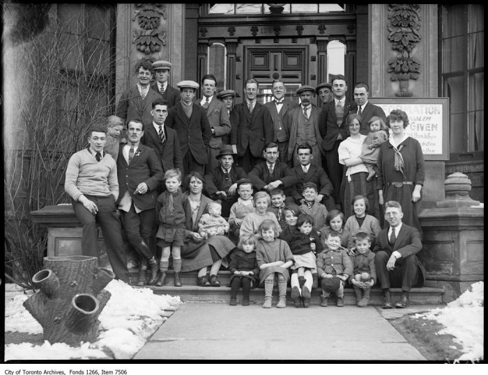 British W & W League, group of immigrants, Irish. - April 5, 1926