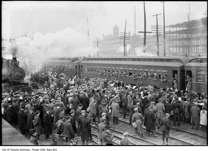 180th Battalion leaves for war, Union Station. - [between 1915 and 1916?]