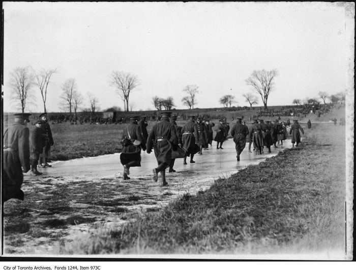 Soldiers at Cedarvale. - [1915?]