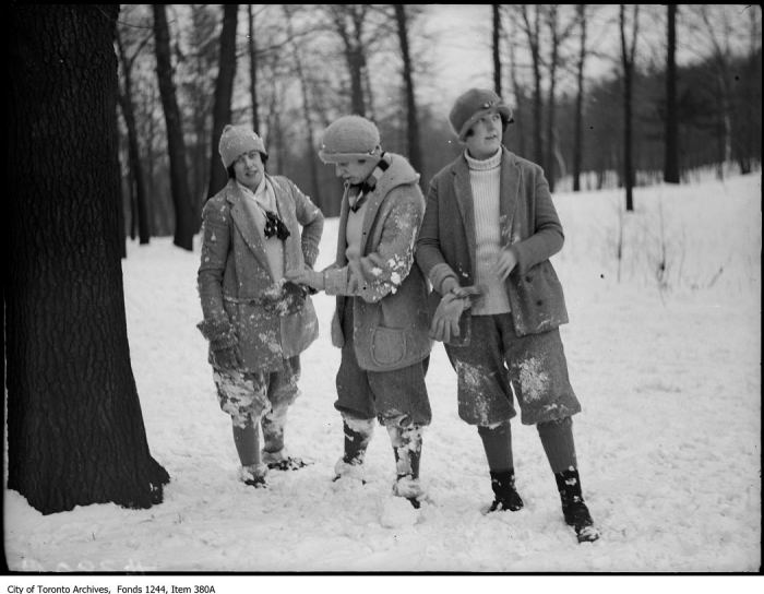 Hikers in High Park. - [between 1910 and 1912?]